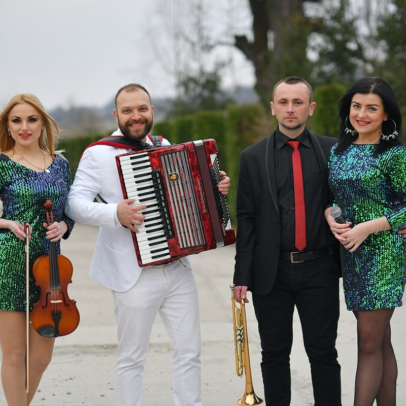 b3e5b5be48574b Музиканти на весілля в Тернополі: рейтинги, ціни, промо-відео - Hot ...