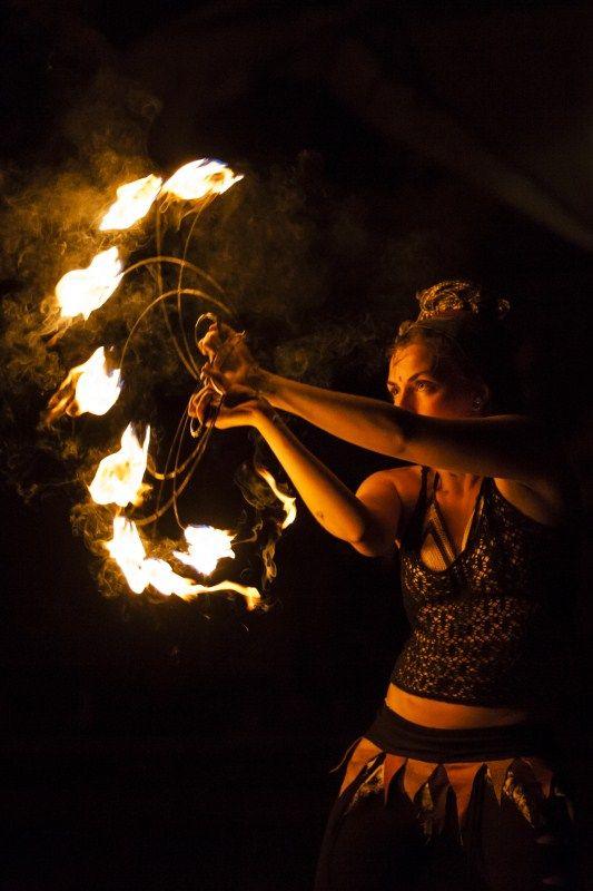 огнено шоу театър пожарна снимка