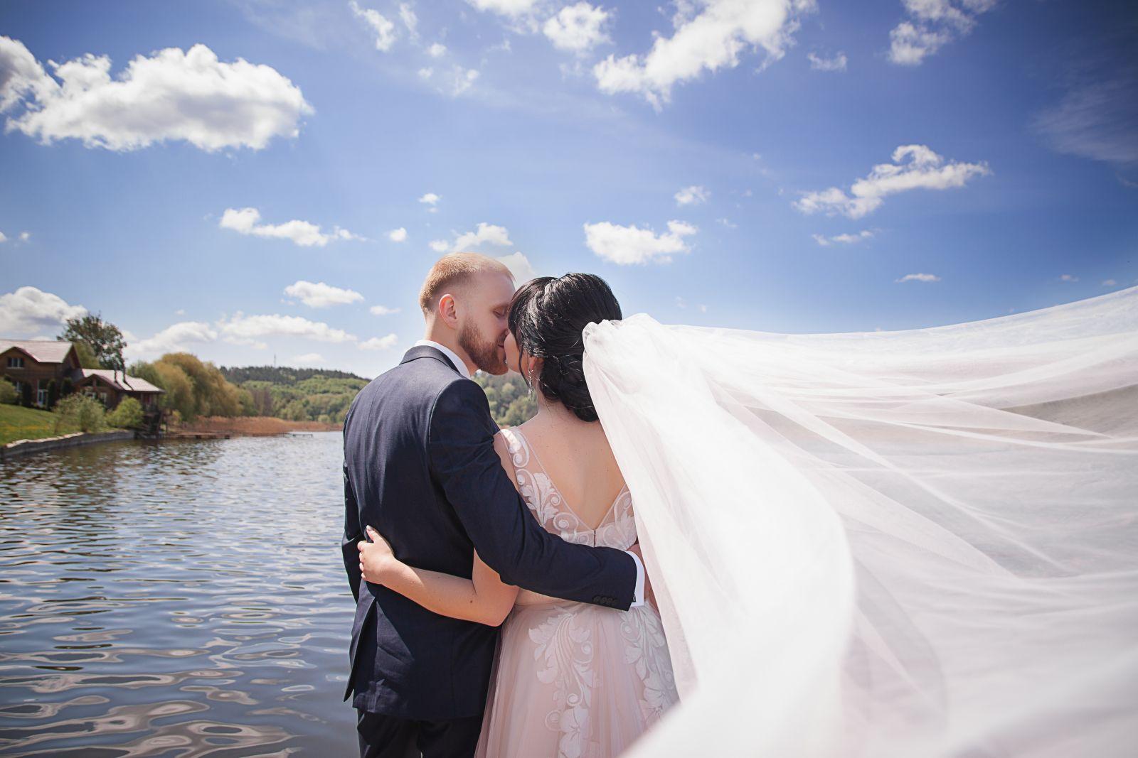 Плануємо весілля з HotWedding